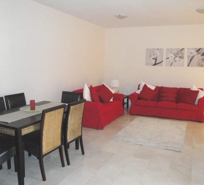 Cozy 3-Bedroom Apartment for sale in Limassol image 4