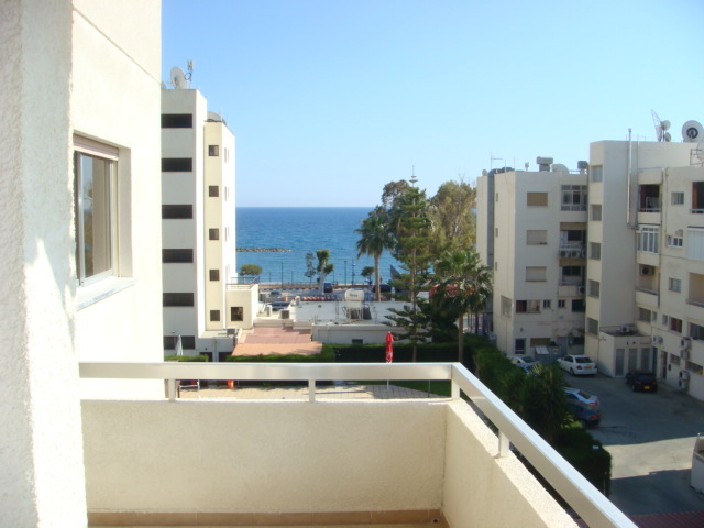 3 Bedroom Apartment in a Complex with the Swimming pool for sale in Potamos tis Germasogeias, Germasogeia LP7343  image 1