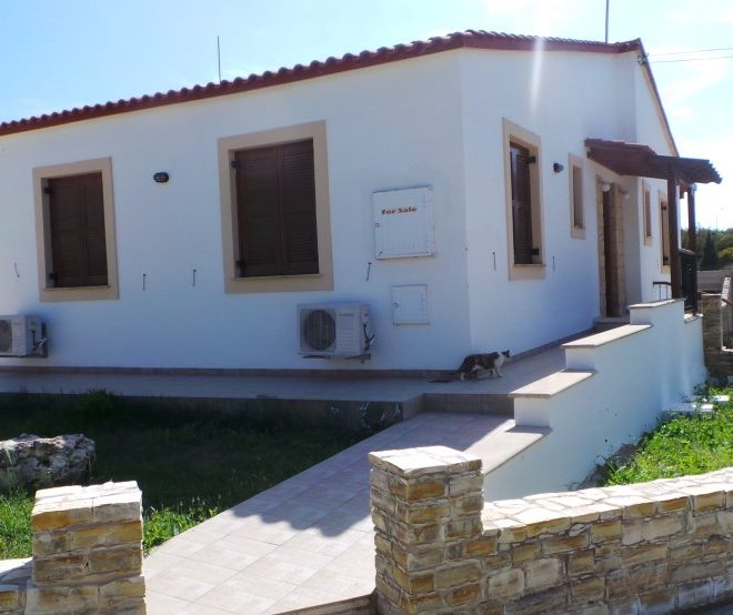 Spacious 3-Bedrooms House for sale in Larnaca image 1