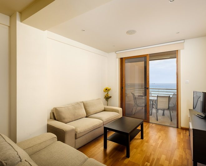 Larnaca Property Two Bedroom Apartment On The Beach for sale in Finikoudes AM 12832 image 3