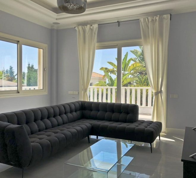 Luxury 4-Bedroom Villa for sale in Limassol image 4