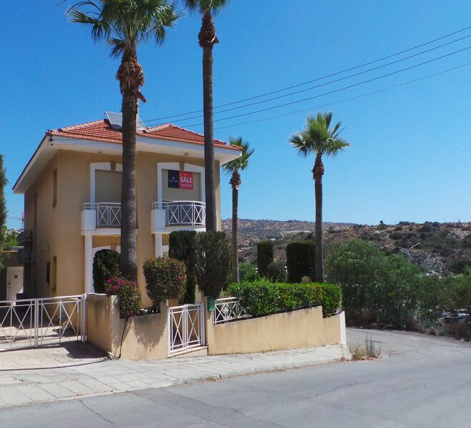 Limassol Property House in Mouttagiaka Area for sale in Mouttagiaka AE12913 image 1