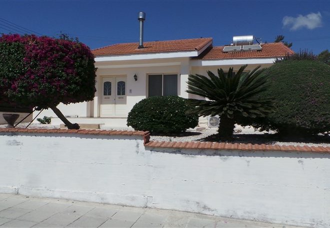 Limassol Property Attractive Bungalow In Pyrgos Village for sale in Pyrgos AE13053 image 3