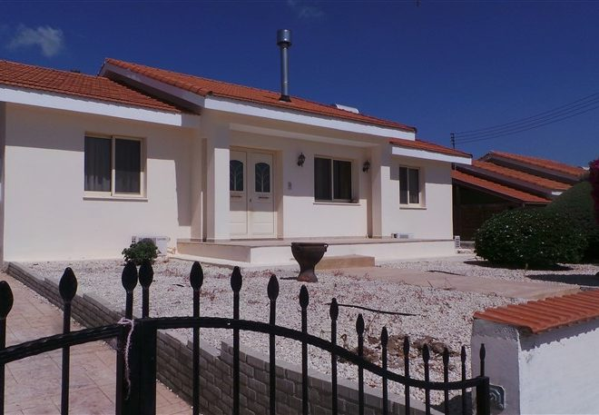 Limassol Property Attractive Bungalow In Pyrgos Village for sale in Pyrgos AE13053 image 1