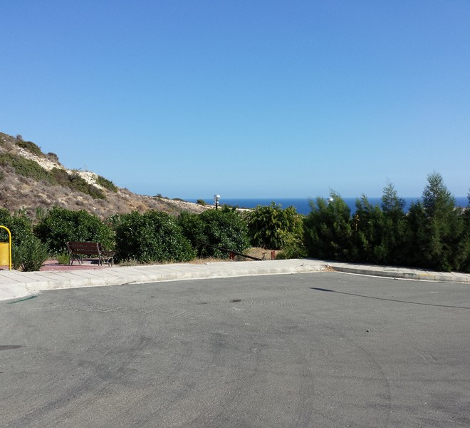 Large Plot For Sale in Ayios Tychonas for sale in Agios Tychonas, Limassol image 4