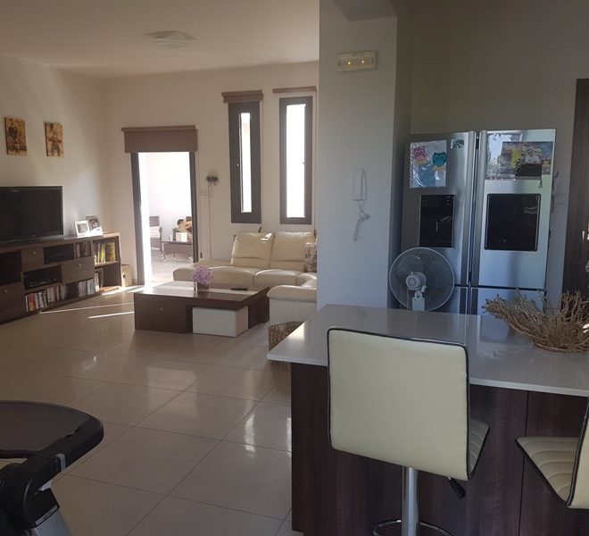 Spacious 4-Bedroom Villa in Larnaca, Cyprus, MK11477 image 3