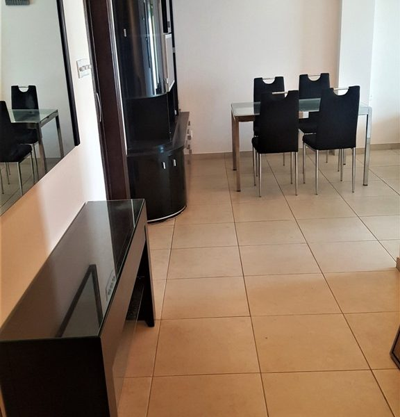 Spacious 3-Bedroom Apartment for sale in Limassol image 4