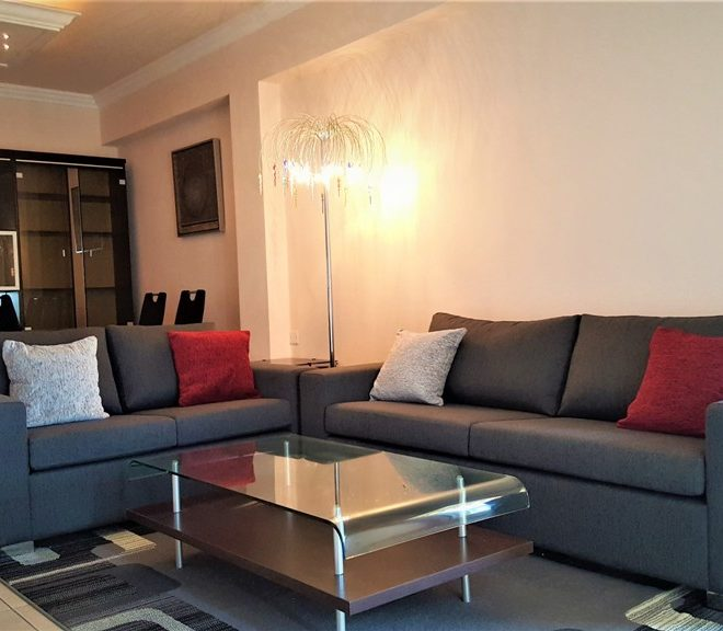 Spacious 3-Bedroom Apartment for sale in Limassol image 3