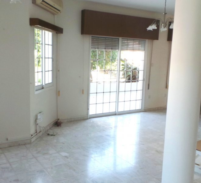 3-Bedroom Ground Floor House for sale in Limassol image 4