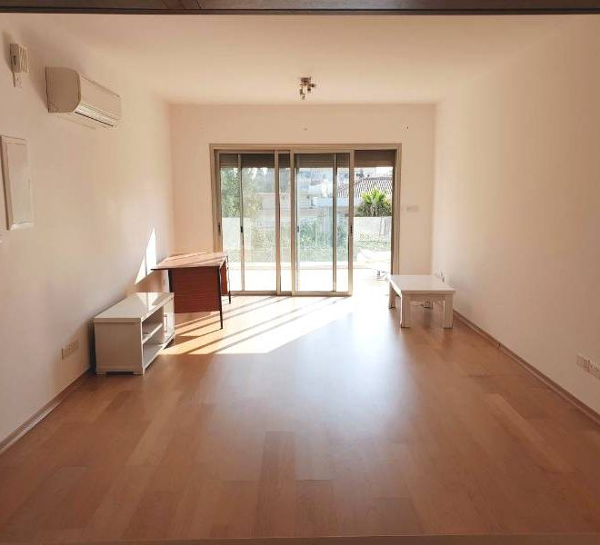 Beautiful 2-Bedroom Flat for sale in Limassol image 3
