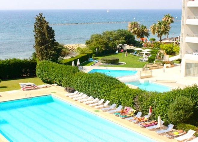 Limasssol Property Luxury Seafront Apartment in Dasoudi, Germasogeia, Cyprus, CM12904 image 1