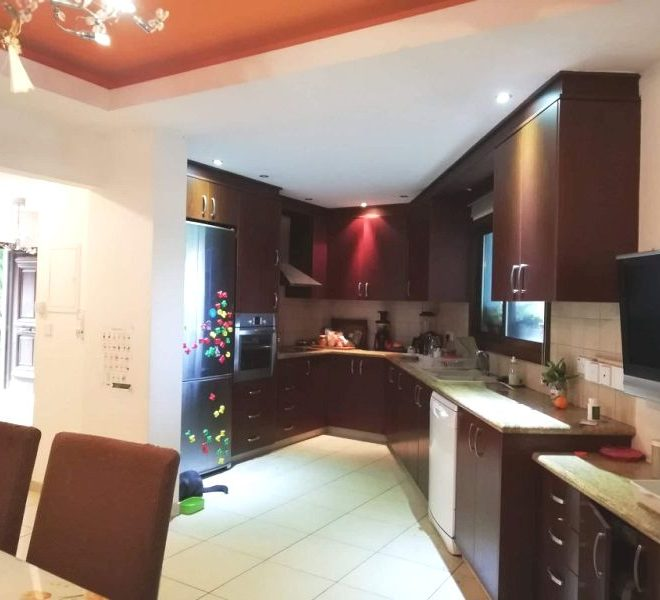 Nice 3-Bedroom House for sale in Limassol image 4