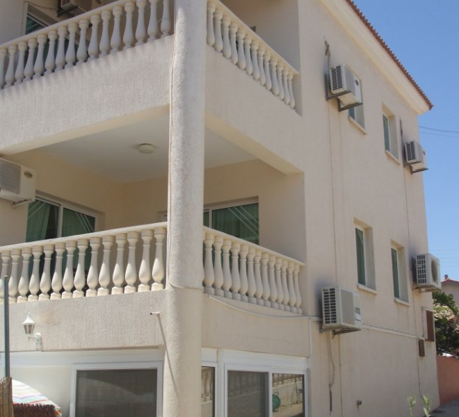 3 Bedroom Villa with Self Contained Studio in Ypsonas, Cyprus, PX8026 image 3