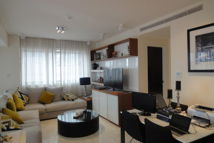 8086living and dining
