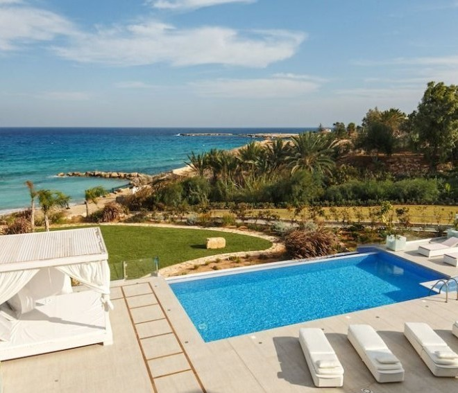 Luxury 6 Bedroom Villa on the Seafront for sale in Protaras image 4