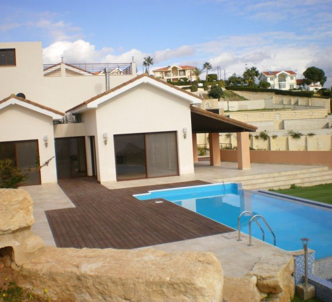 Luxury 5 Bedroom Villa with Amazing Swimming Pool and Garden for sale in Limassol CM6795 image 1
