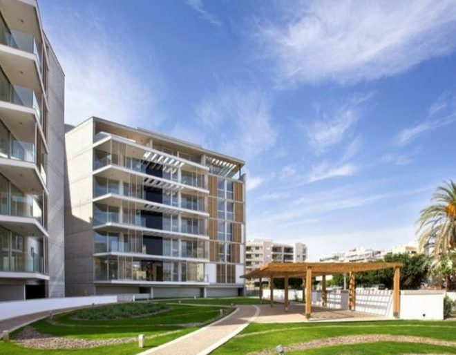 Limassol Property Luxury 3 Bedroom Apartment in Neapolis, Limassol, Cyprus, AM12795 image 1