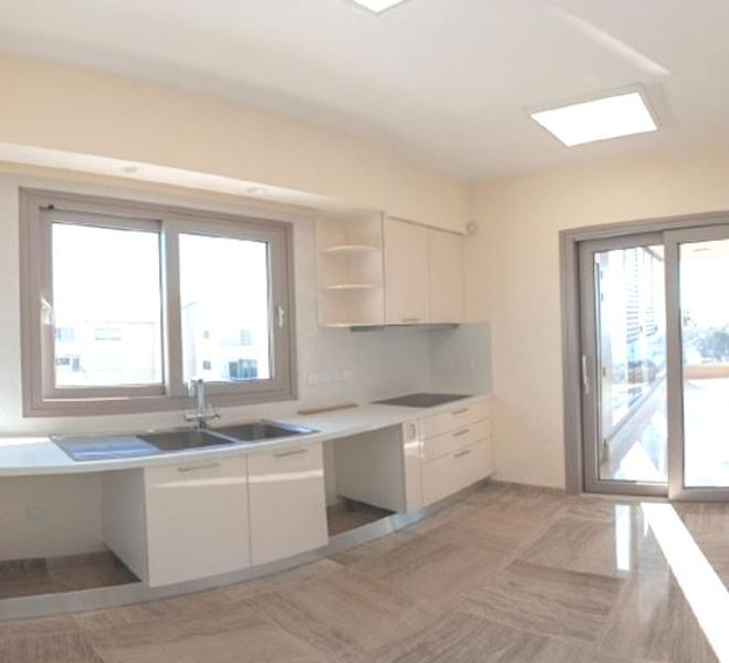 Luxury 3-Bedroom Apartment in Limassol, Cyprus, CM12315 image 3