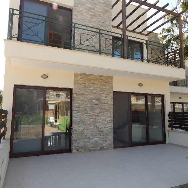 Nice 3-Bedroom Townhouse for sale in Limassol image 1