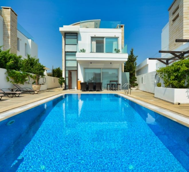 Stunning 6-Bedroom Villa for sale in Protaras image 2