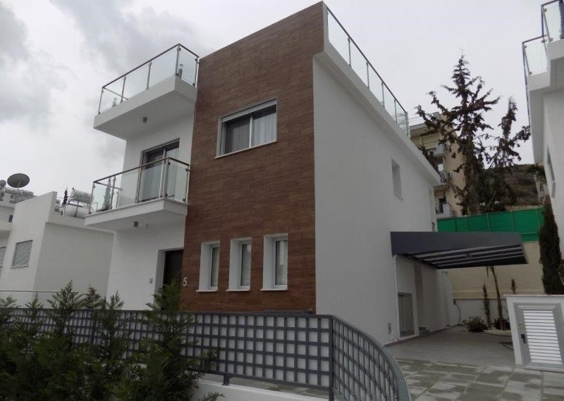 GREEN VALLEY HOUSE 5 (1)