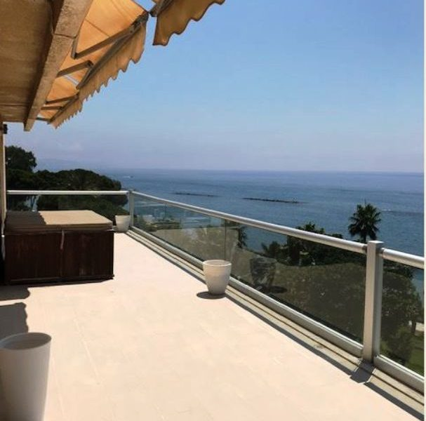 Luxury 3-Bedroom Penthouse in Limassol, Cyprus, AK11728 image 1
