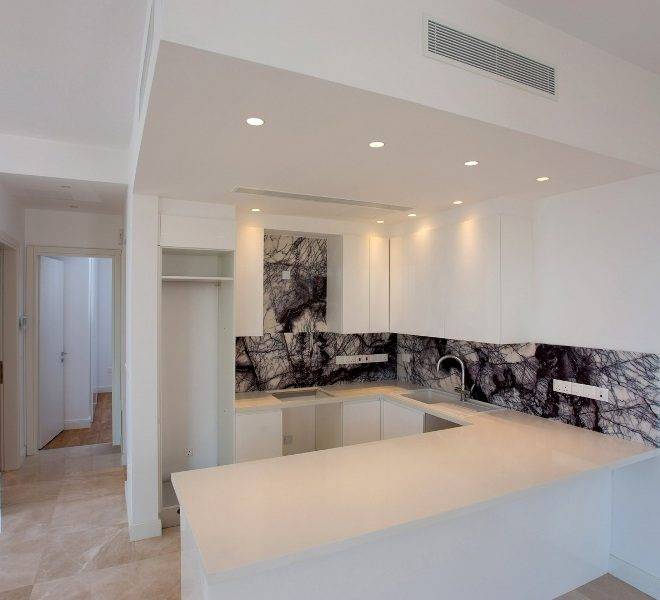 Contemporary 3-Bedroom Penthouse for sale in Limassol image 4