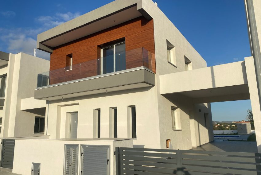 NICOLAOU HOUSE 2 FRONT(2)