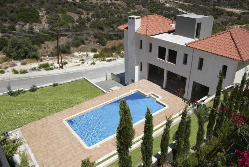 VILLA FOR SALE xsse