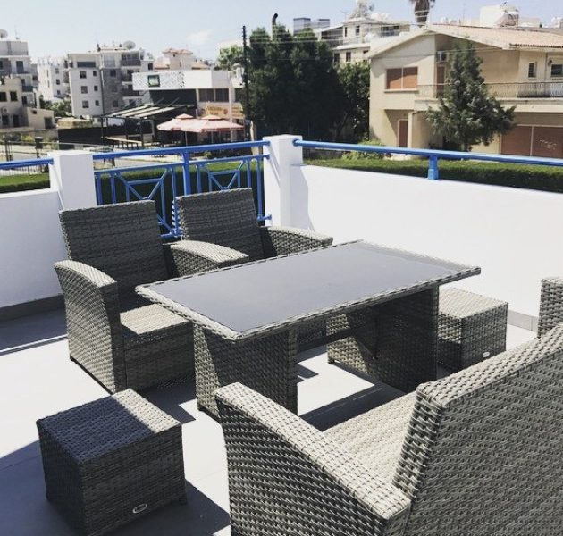 Cozy 2-Bedroom Apartment for sale in Limassol image 1