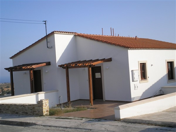 Larnaca Property Two Bedroom Bungalow In Countryside in Psematismenos, Cyprus, CM13086 image 3