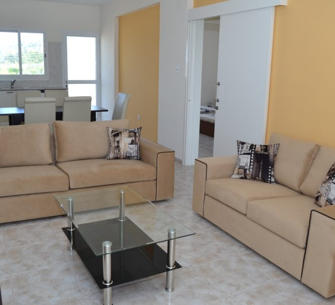 Spacious 3-Bedroom Penthouse for sale in Paphos image 5