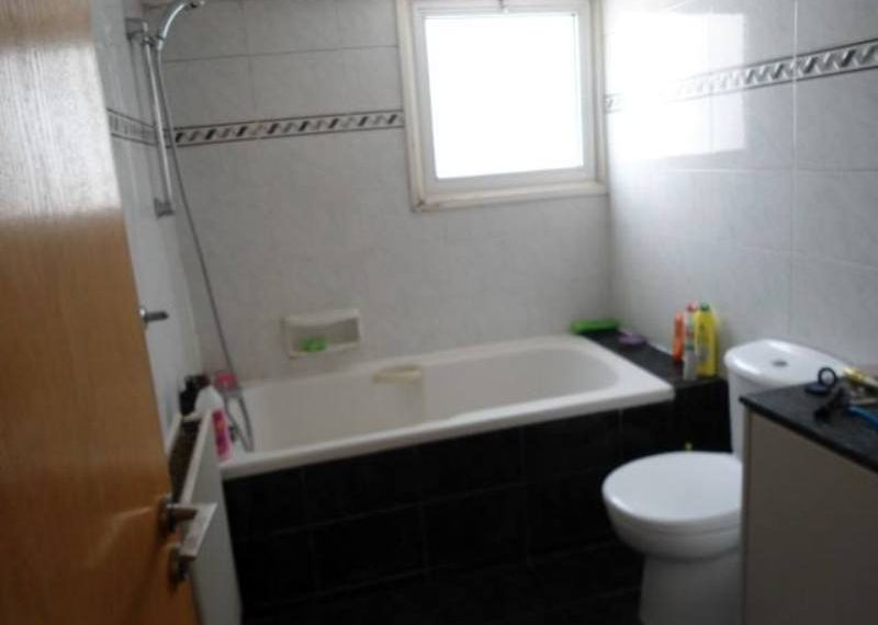 sks179-bathroom
