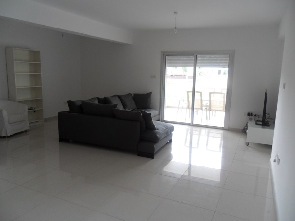 Modern 2-Bedroom Apartment in Agios Athanasios, Cyprus, CM10206 image 3