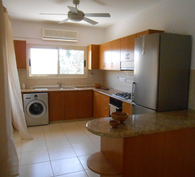3 Bedroom Bungalow in Pyrgos in Pyrgos, Cyprus, SR6713 image 1