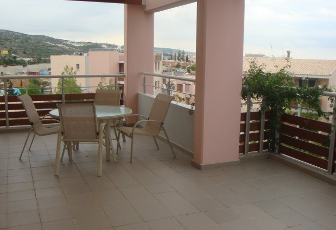 Luxury 2 Bedroom Apartment near the Sea for sale in Agios Tychon SR6716 image 2