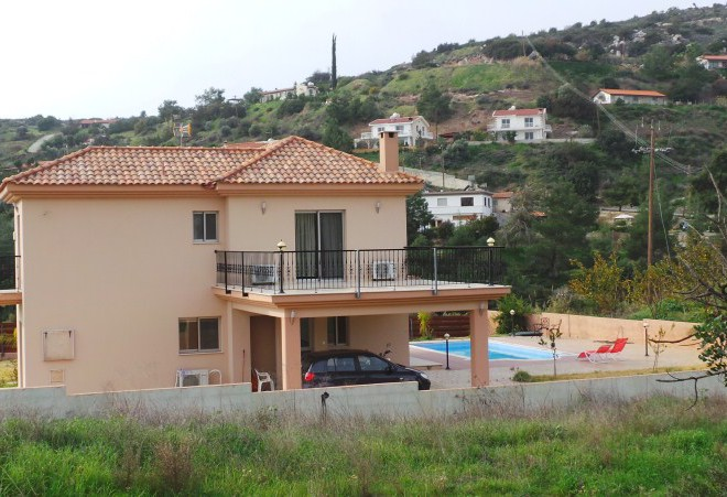 4 Bedroom House in Pyrgos for sale in Pyrgos SR6730 image 2