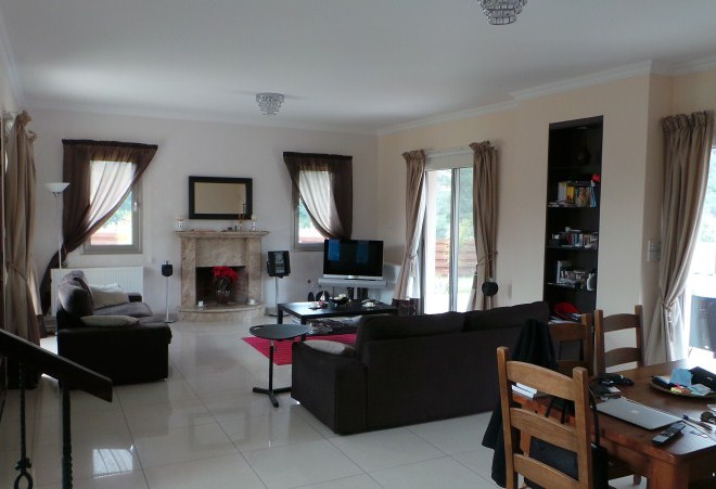 4 Bedroom House in Pyrgos for sale in Pyrgos SR6730 image 1