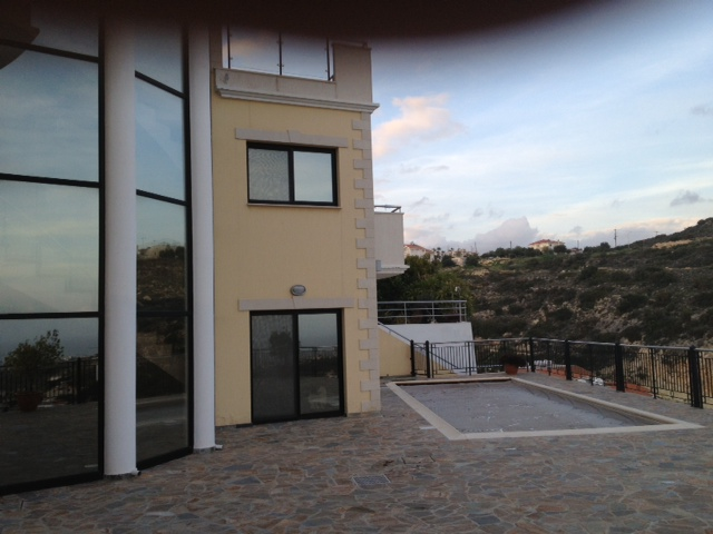 5 Bedroom House in Agia Fyla for sale in Agia Fyla, Limassol SR6731 image 2