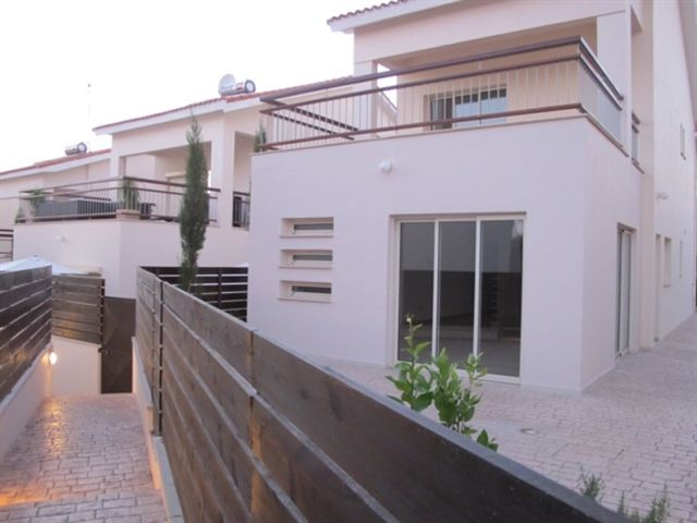 4 Bedroom Villa with Swimming Pool for sale in Limassol CM6817 image 2