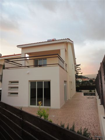4 Bedroom Villa with Swimming Pool for sale in Limassol CM6817 image 3