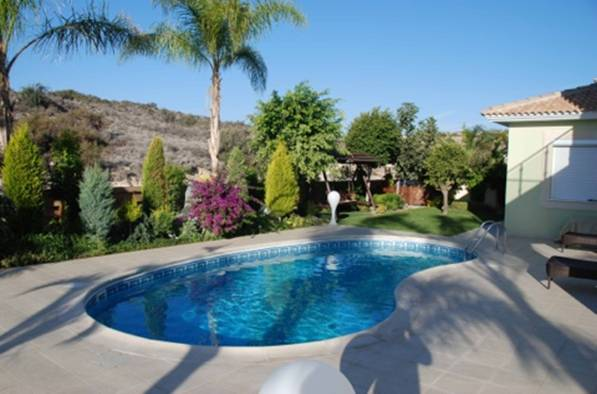 4 Bedroom Villa with Private Swimming Pool in Armenochori, Cyprus, CM7131 image 3
